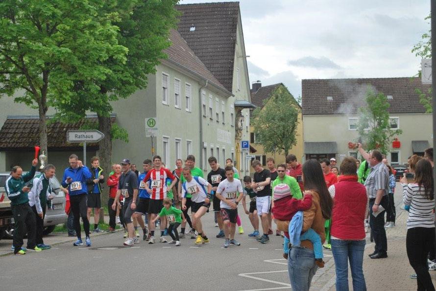 Startschuss in Schopfloch durch Bürgermeister Czech