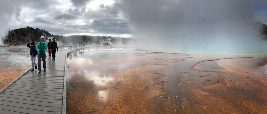 Midway Gyser Basin