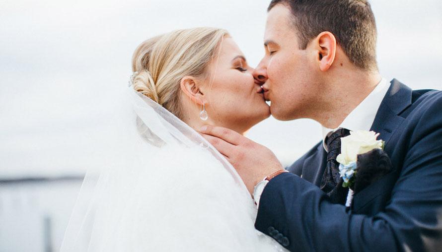 Hochzeit, Hochzeitsfotografie, wedding, weddingphotography, Hotel Arosa, Bad Saarow, Winterhochzeit, Winter, Hochzeit am See, Farbe Blau, Sabine Lange
