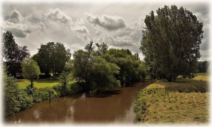 Die Rur bei Vlodrop in den benachbarten Niederlanden