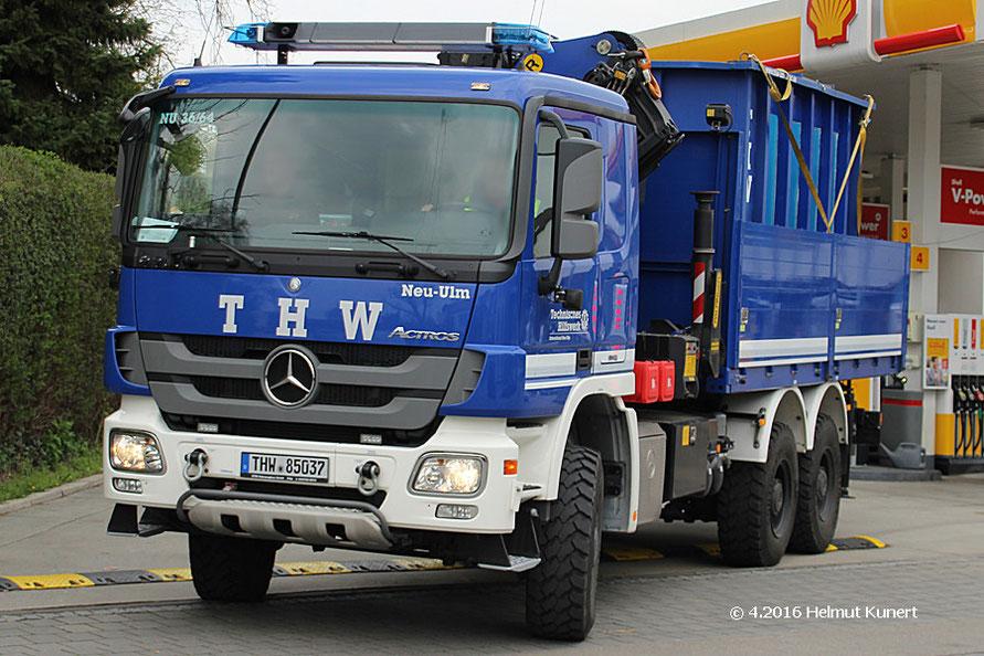 Fahrzeug aus Neu-Ulm mit Tauchbecken aus Landshut!