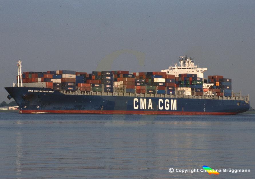 Containerschiff  CMA CGM BAUDELAIRE Elbe 2005
