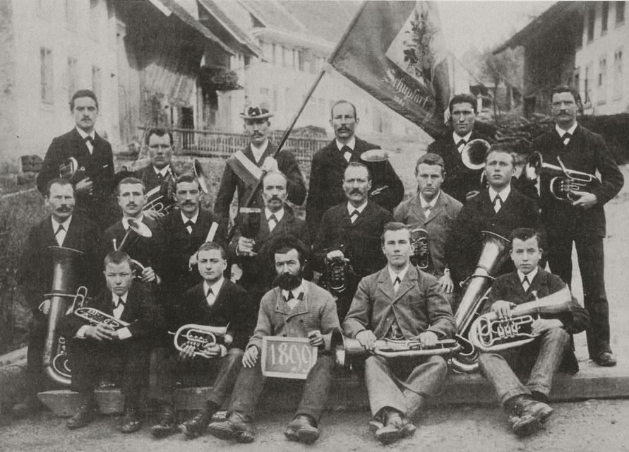 Dieses Bild wurde 3 Jahre nach dem 50 – Jahre – Jubiläum von 1896 aufgenommen.