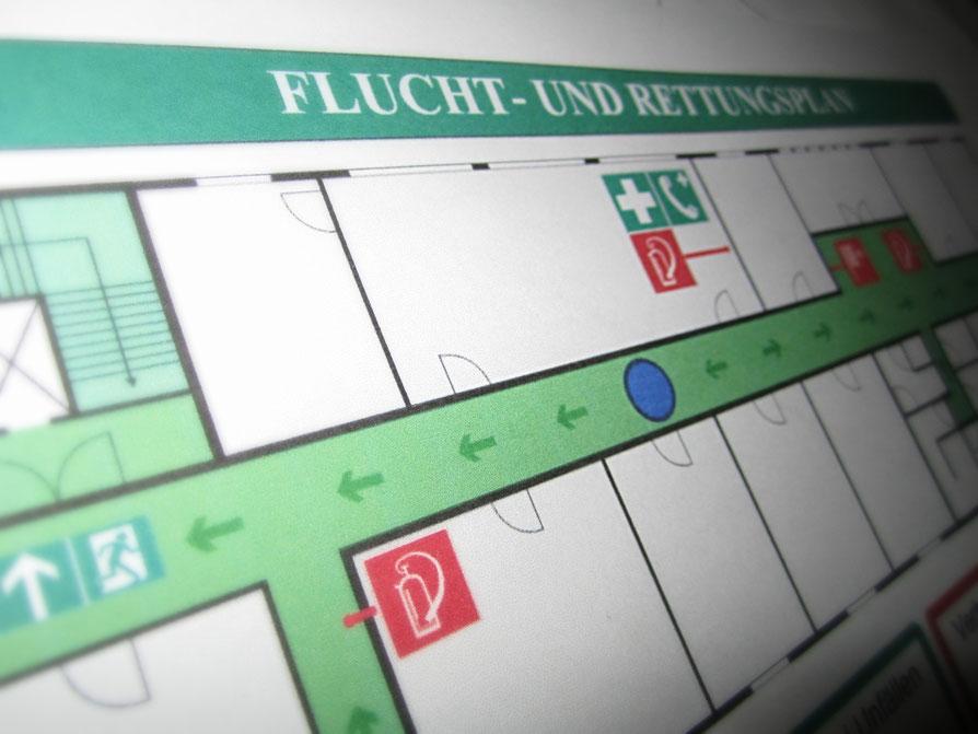 Flucht- und Rettungsplan im Rahmen der jährlichen Brandschutzunterweisung