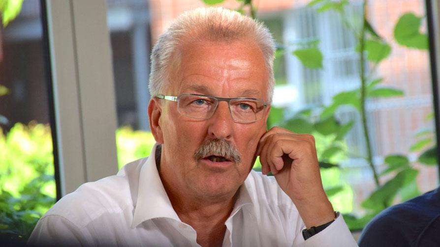 Karl-Heinz Marrek hat als SPD-Pressesprecher die Stellungnahme seiner Partei veröffentlicht