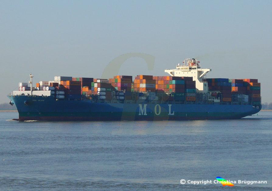 Containerschiff MOL GLIDE