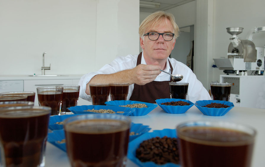 Excellence and passion: Carlo Delfs, owner and coffee expert.