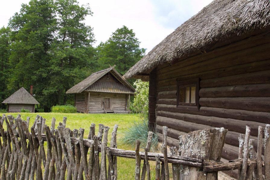 Vaišnoriškės - senas bitininkų kaimelis Tauragnų seniūnijoje Aukštaitijos nacionaliniame parke
