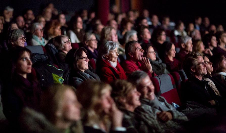 """Premiere des Dokumentarfilms """"Die Übersinnlichen – Das geheimnisvolle Potenzial der Seele"""" in München."""