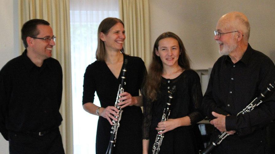 Das Eulen-Trios (von links nach rechts): Michael Schmult, Anja Hesse, Leonie Hesse, Gerhard Schmidt