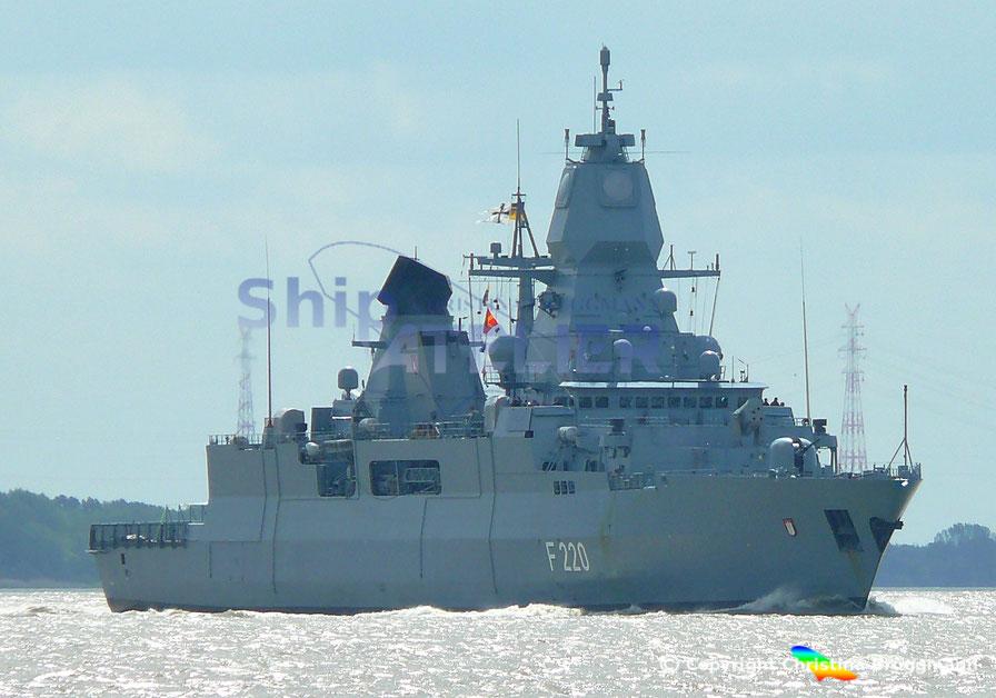 Fregatte HAMBURG, F 220
