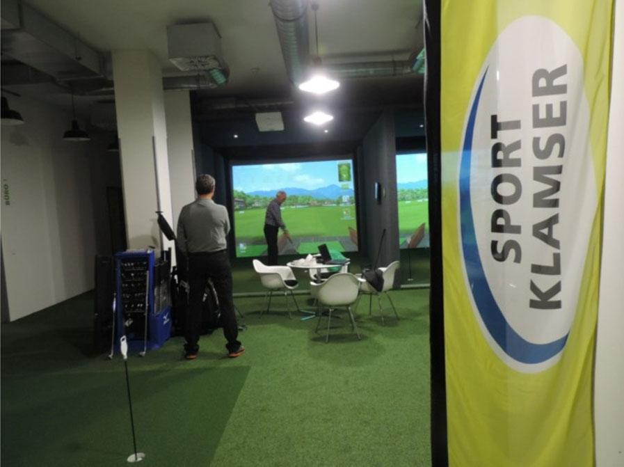 Indoor Golf, Abschlag-Box