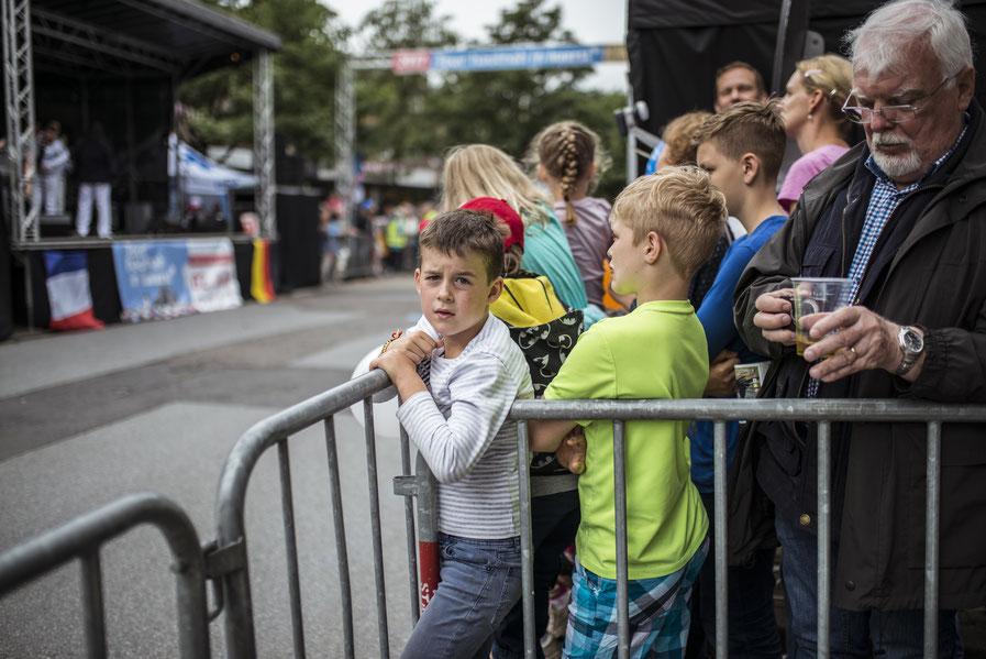 Veranstaltungsfotografie, fest, Stadtfest, Tour de france, tour hautnah, 02 Juli, Grand depart, Büttgen, kaarst, 2017, Erfolgsstandort, Fahrrad, Rennrad, Sport,  openair, openairfotografie, Reportage, fotoreportage, fotografie kaarst,