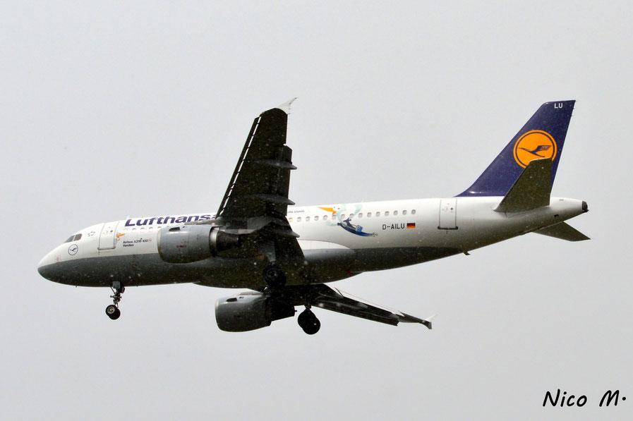 A319-100 (D-AILU)