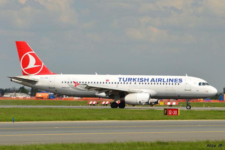 A320-200 (TC-JPA)