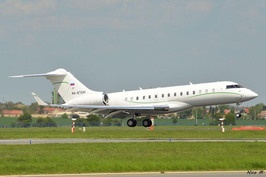 Global 6000 (RA-67241)