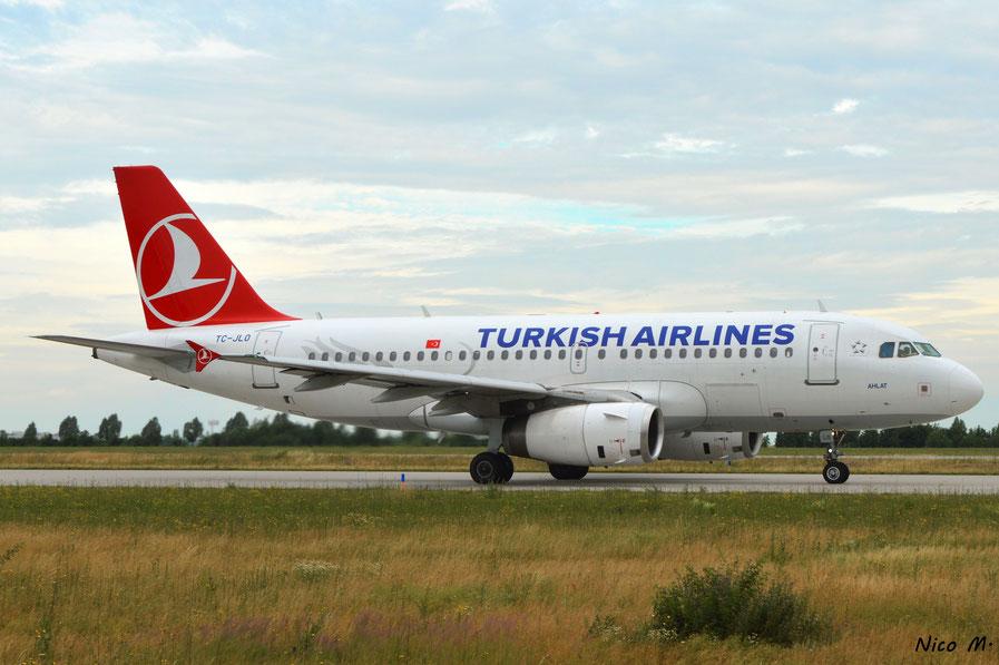 A319-100 (TC-JLO)