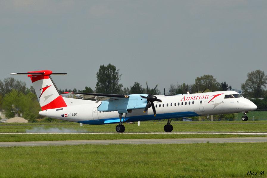 DHC-8-Q400 (OE-LGC)