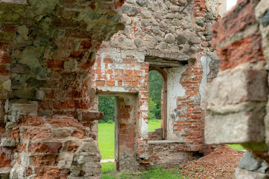 Grafų Borgų arklidės Preiliuose Latvijoje