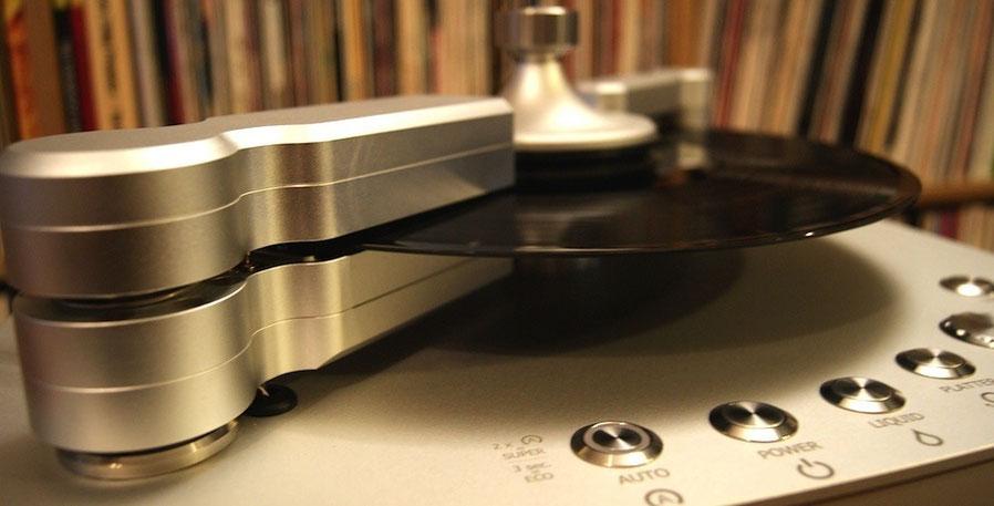 Die derzeit beste Plattenwaschmaschine Clearaudio Double Matrix Professional Sonic
