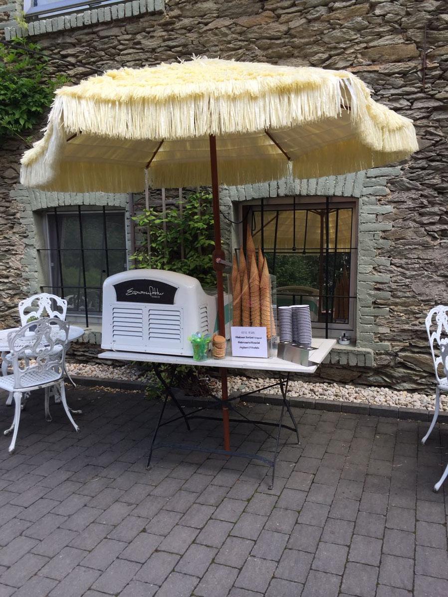 Zum Beispiel Cafe Blütezeit in Niederbrechen