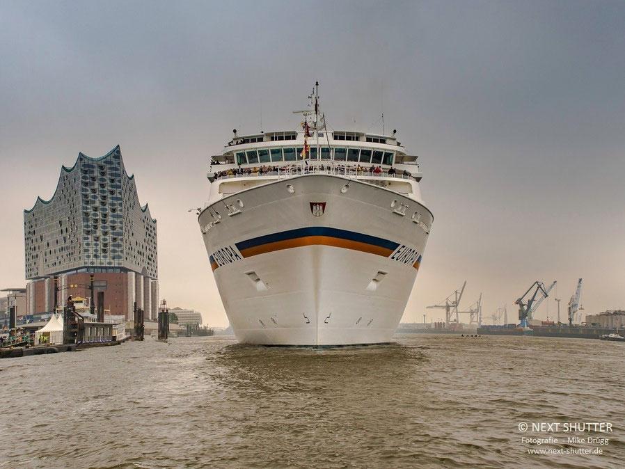 Das ist Kreuzfahrt :  Mit dem Schiff die Sehenwürdigkeiten der Welt aufsuchen. Manchmal ist aber das Schiff das Ziel.