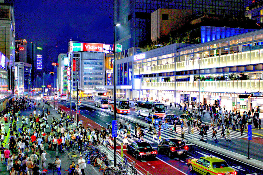 新宿駅南口 (夜景)