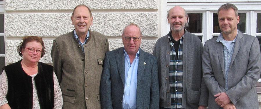 Margit Gramsall (2. Spielleiterin), Albert Vosseler (Präsident), Günther Aehlig (Schatzmeister), Rainer Holl (2. Schatzmeister), Sebastian Kleffner (Vizepräsident und Spielleiter)