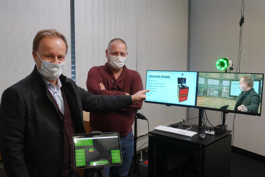Landrat Robert Niedergesäß im EIN-KLICK-STUDIO Showroom Ebersberg mit CEO Michael Jäger