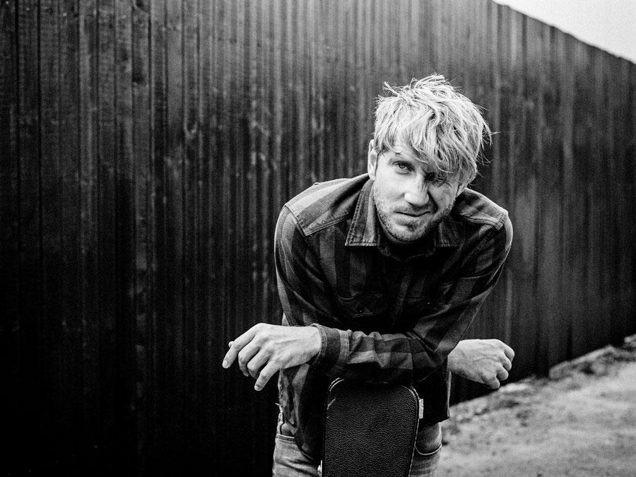 """Musiker Timo Scharf alias """"SON"""" ist am 17.02.17 bei uns zu Gast auf der Kopf'Werk''Stadt Couch"""