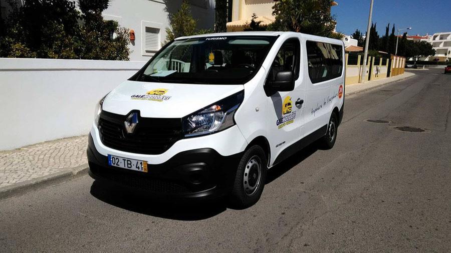 Galé Holidays Transfers in Galé,Albufeira,Algarve,Portugal perfekt für gross Familien Ausflüge oder auch Privat Touren an der Algarve.