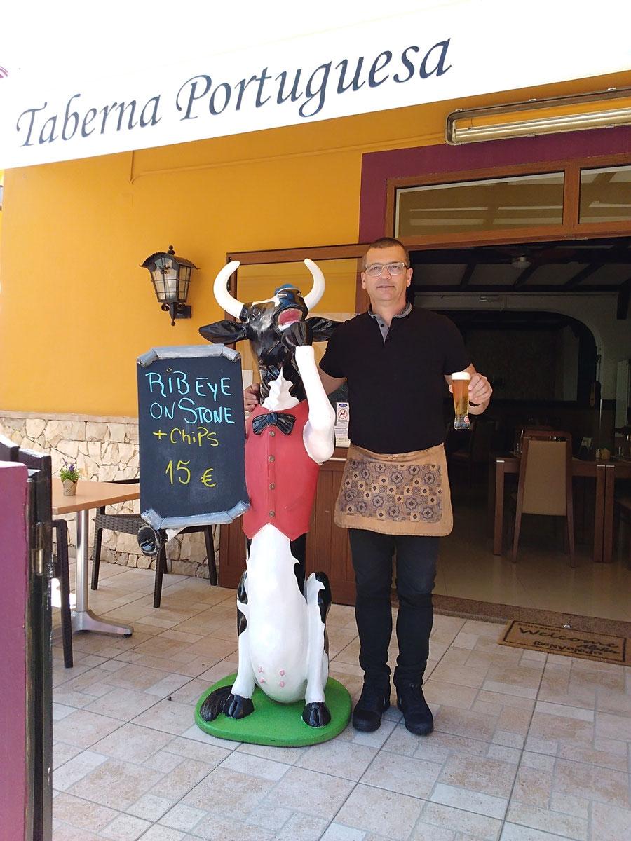Restaurante Taberna Portuguesa in Carvoeiro,Lagoa,Algarve,Portugal geeignet für Romantisch Essen,mit Gruppen,Hochzeiten,Flitterwochen oder auch mit Familien Essen, drinnen oder draussen.