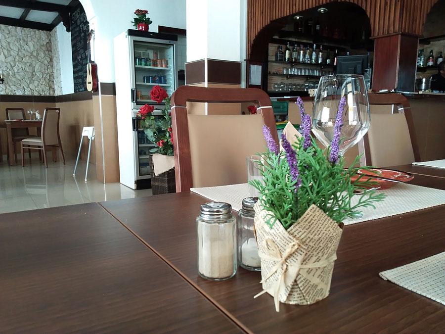 Restaurante Taberna Portuguesa in Carvoeiro,Lagoa,Algarve,Portugal geeignet für Familien,Gruppen,Festen oder Romantisch Essen.
