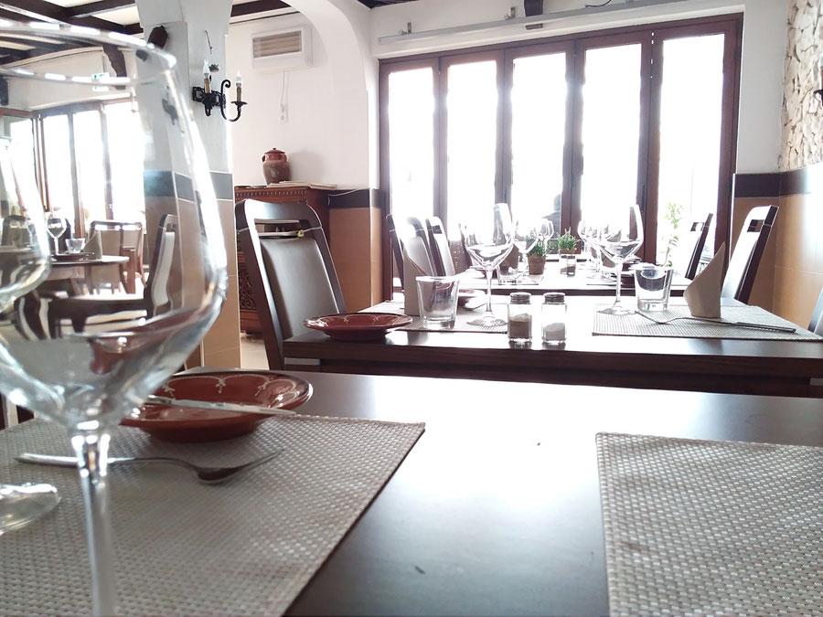 Restaurante Taberna Portugesa in Carvoeiro,Lagoa,Algarve,Portugal geeignet für Portuguiesisches Essen mit Familie oder Romantisch.