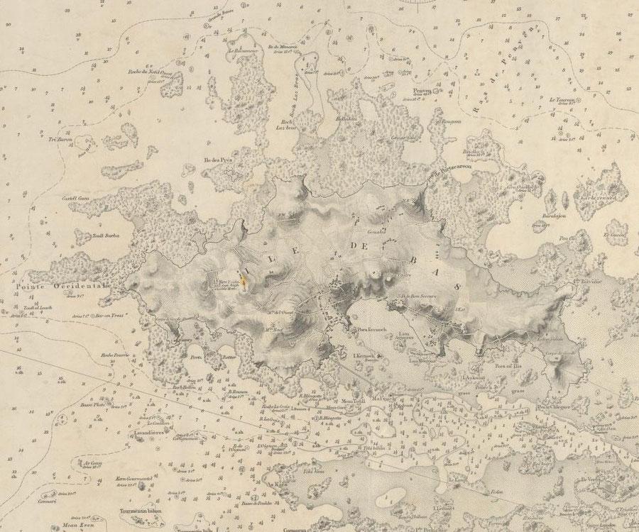 Le plateau de rochers du raoumeur (Ar Rou Veur) forme la pointe la plus nord de l'île et a provoqué de nombreux naufrage. Dans la brume, l'équipage du Nielly ne devait pas voir la lumière du phare de l'île de Batz