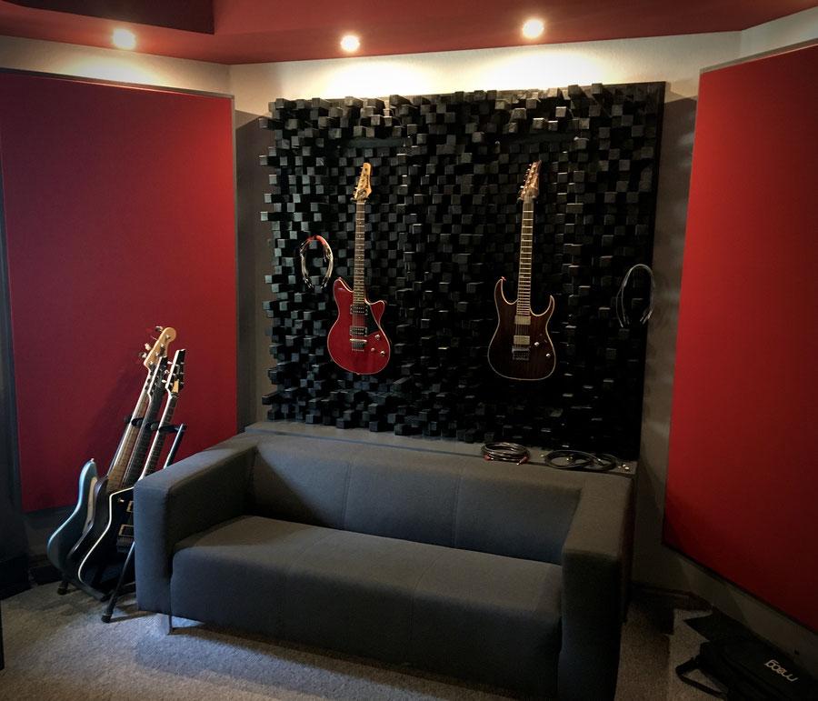 Blackhole Music & Productions Startseite Gitarren Black Hole Production and Tonstudio Musikproduktion Musikproduzent Tontechnik Musik Studio Aufnahme Ruhrgebiet Rock Metal Blues Pop Audio