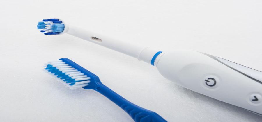 Zahnbürsten im Vergleich – welche putzt am besten?