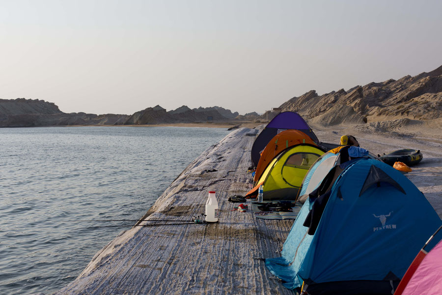 Camping on a line, Persian Gulf, Iran