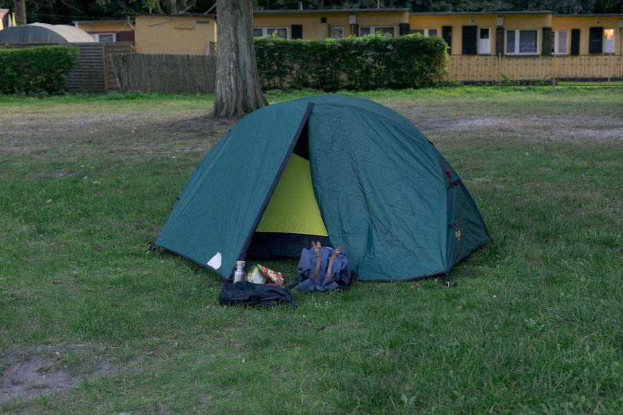 Meine erste Nacht im Zelt.