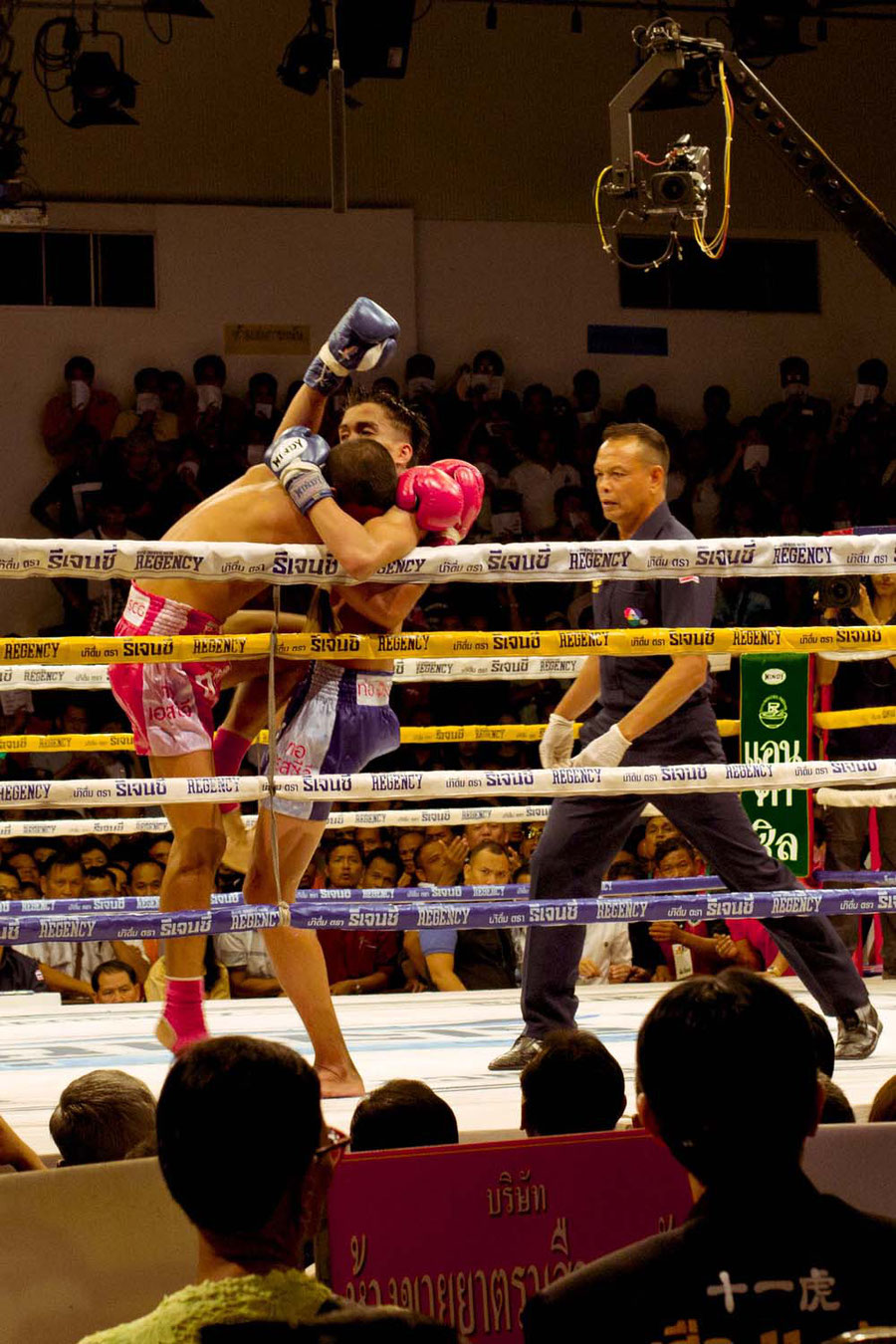 Walking the line, Thai boxing, Bangkok, Thailand