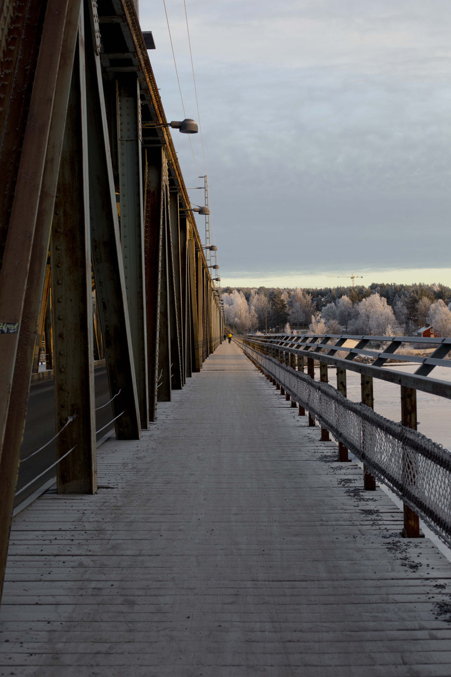Bridge crossing the Kemijoki, Roveniemi, Finland