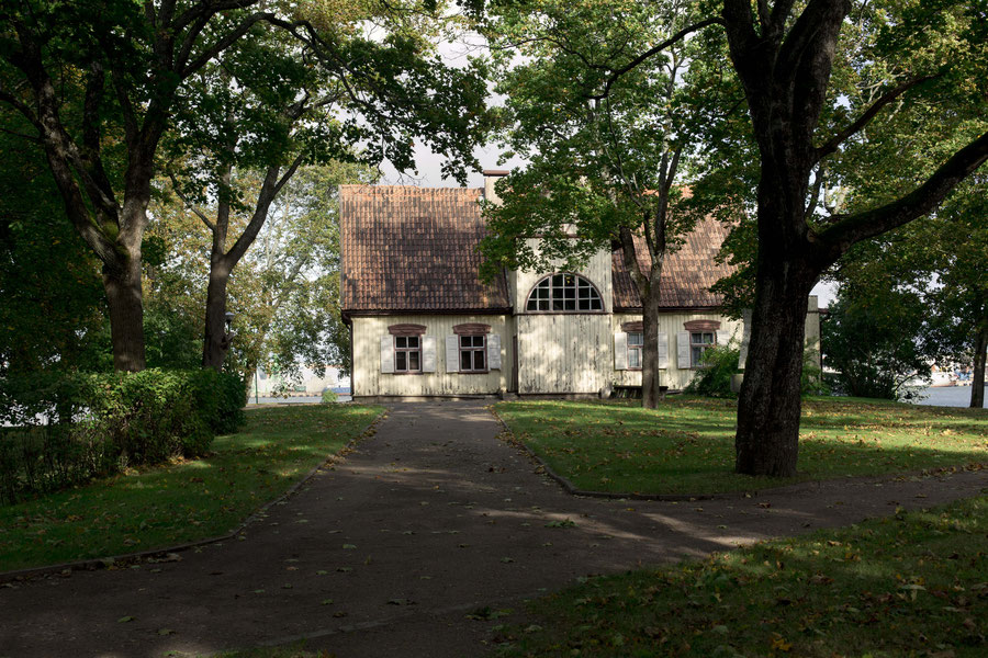 Hölzerne Villa in Smyltine