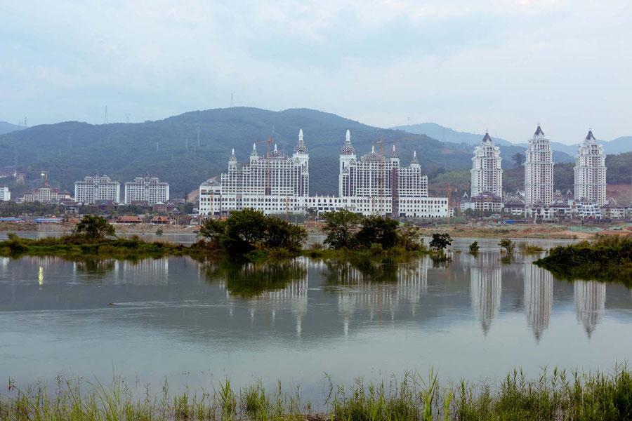 Mekong und Jinghong im Spiegelbild, Jinghong, China