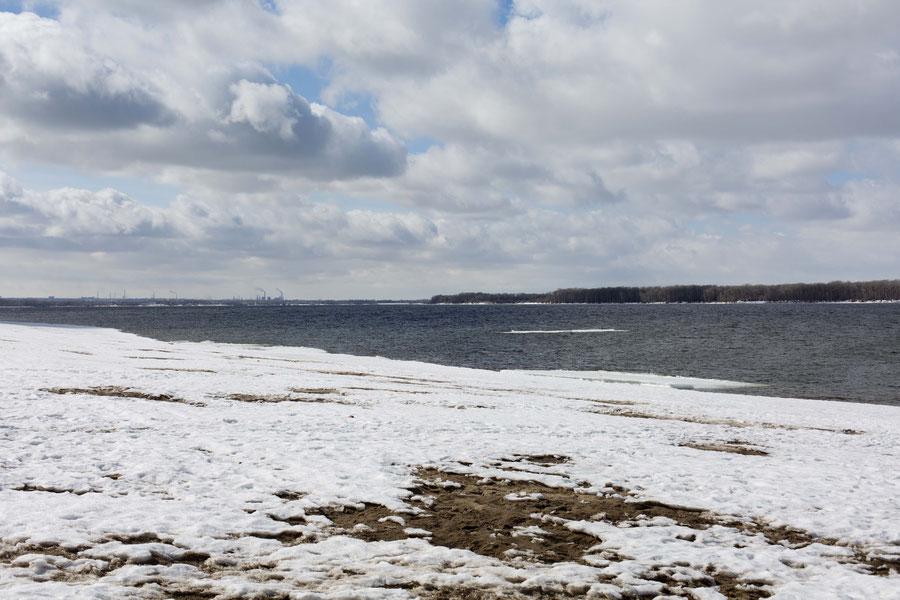 Wolga ohne Eis, Samara, Russland