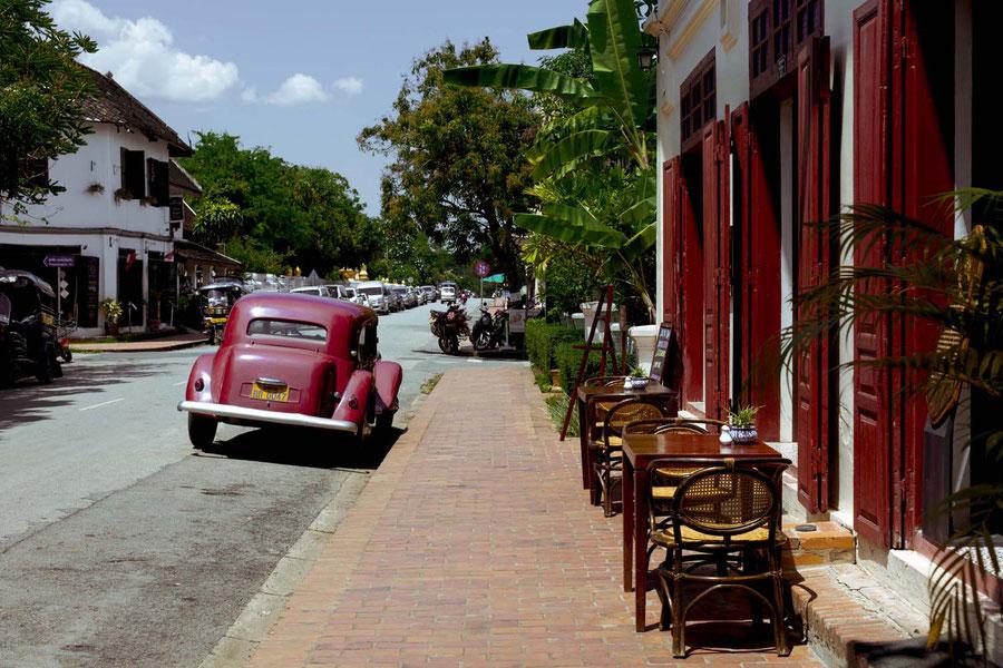 Café am Straßenrand, Luang Prabang, Laos