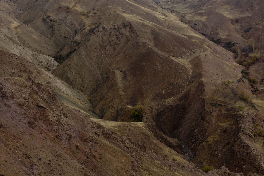 Regenbogenberge, Alamut, Qazvin, Iran