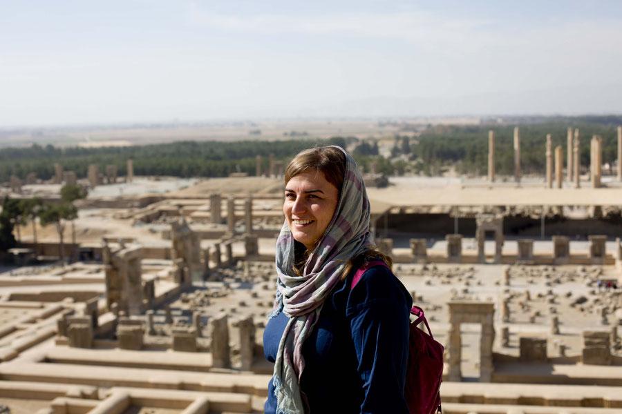 Auf Ruinen schauend, Persepolis, Iran