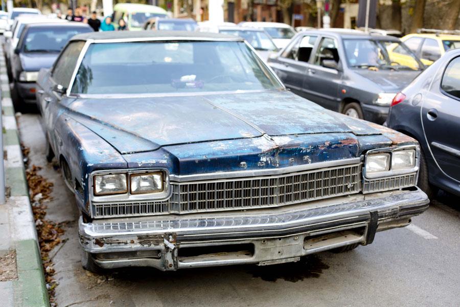 Je weiter ich gen Osten reise, desto cooler werden die Autos, Teheran, Iran