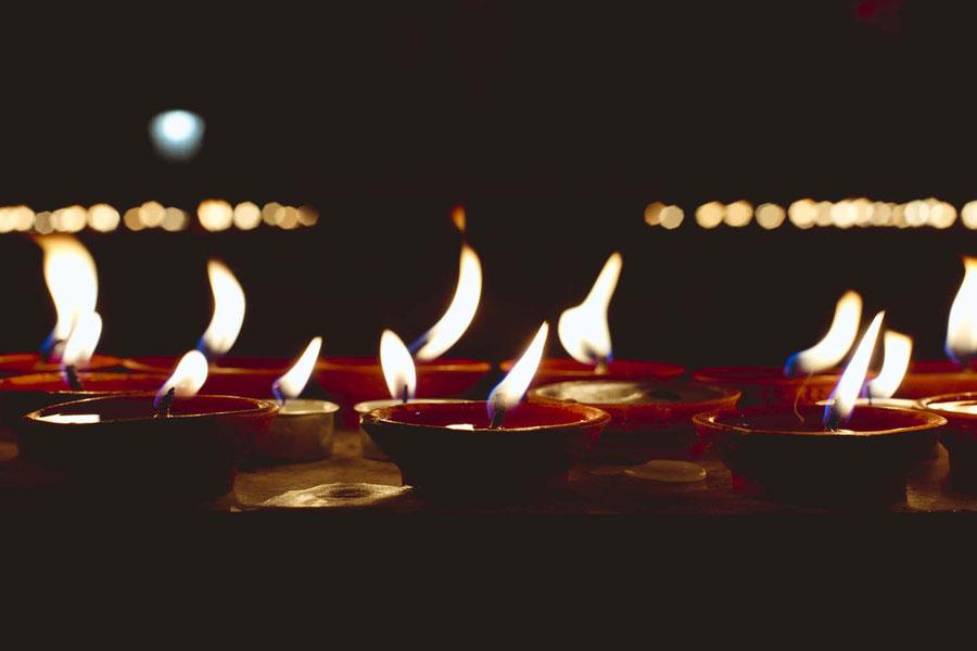 Candlesession, Kopan monastery, Nepal