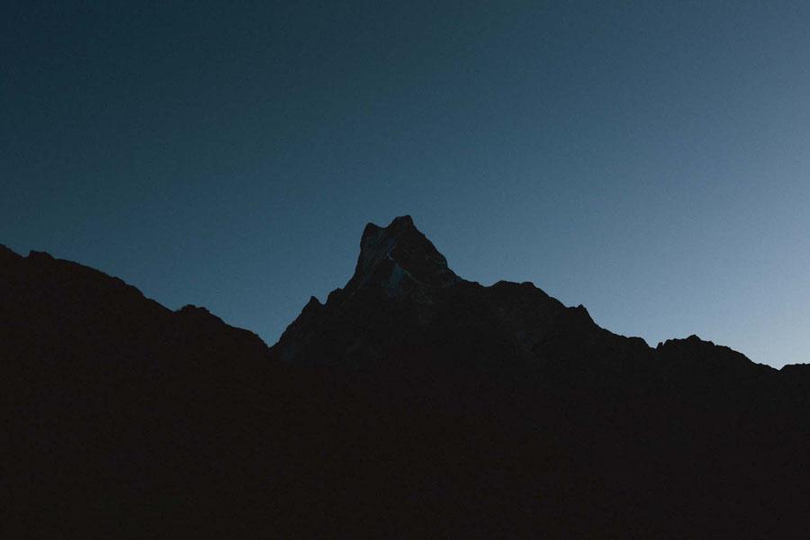 Die nahende Sonne, Mardi Himal Trek, Nepal